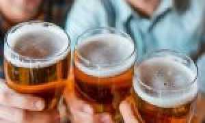 Из чего правильно пить пиво? Бутылка, банка или бокал?